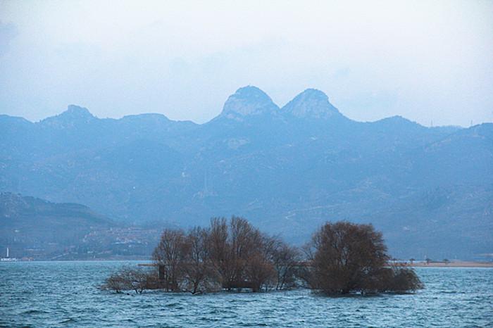 萊蕪雪野湖風景區