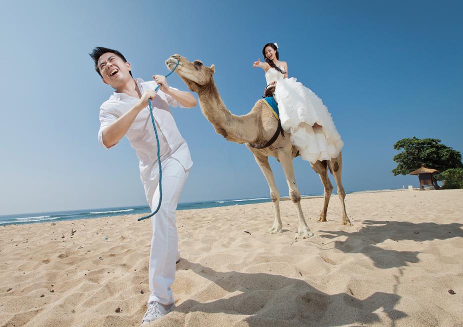 巴厘岛努沙杜瓦骑骆驼
