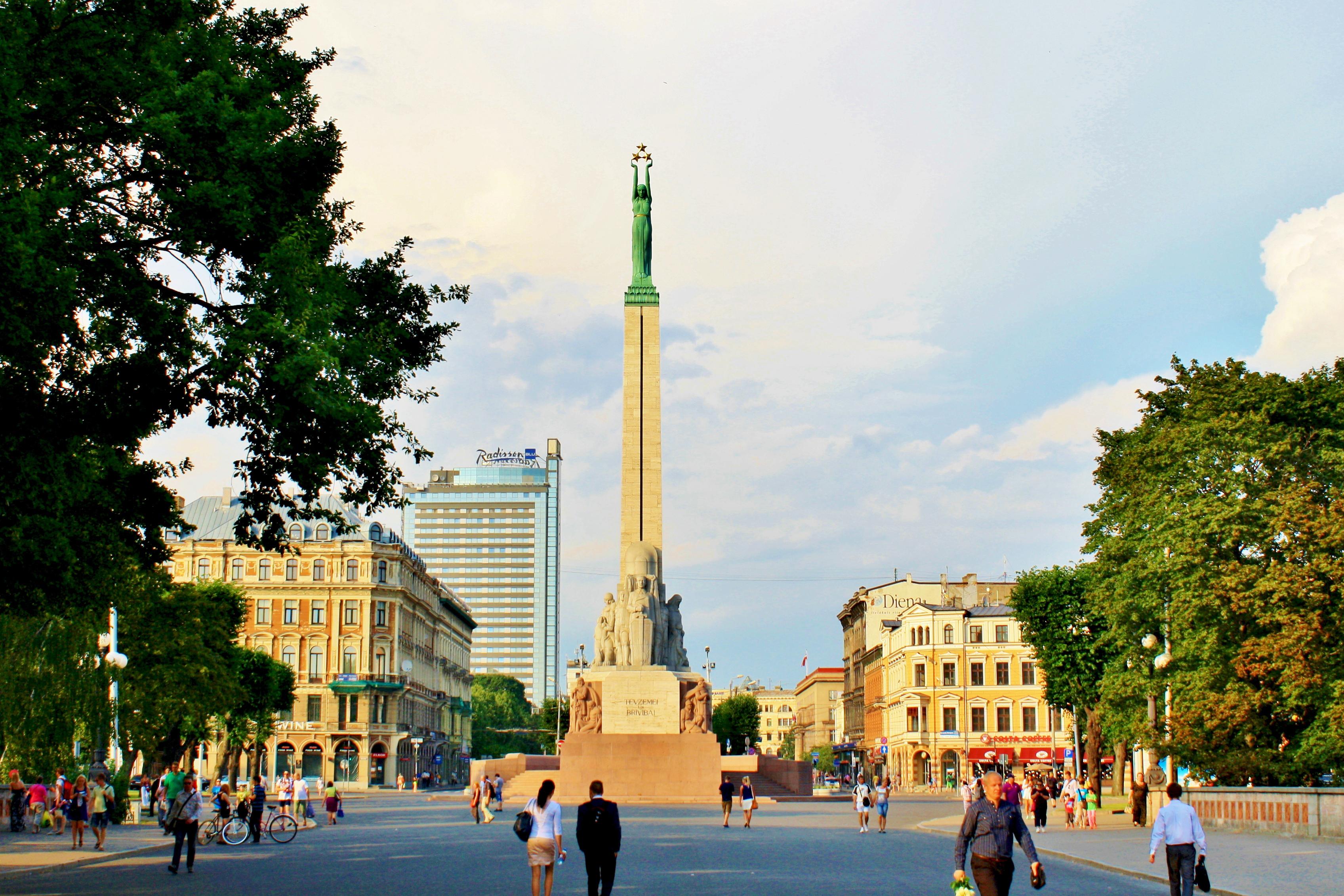 自由紀念碑  Brīvības Piemineklis   -2