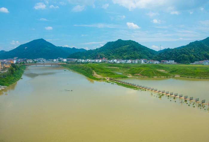 华夏三千年,证于宁乡,据于四羊方尊,悠悠千年,仅一日宁乡炭河古城