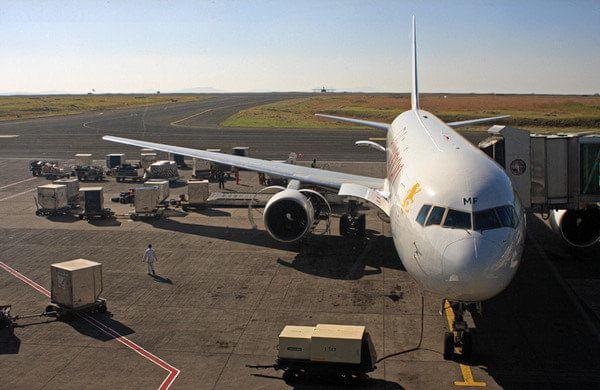 北京至安哥拉飞机