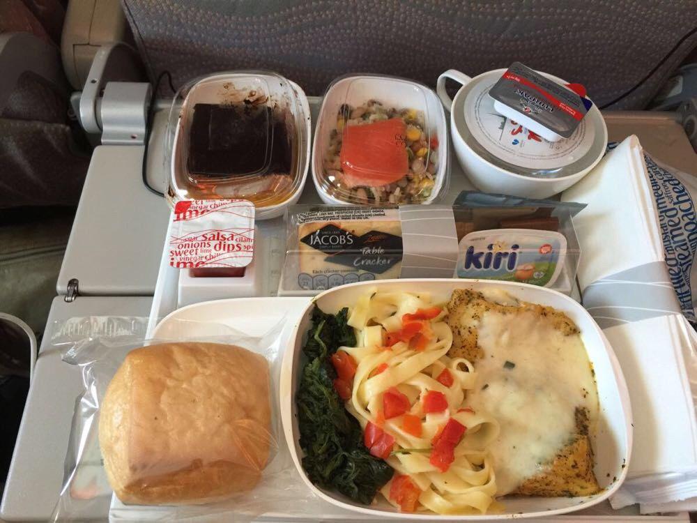 飞机餐也不错