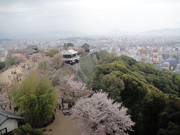 手绘日本庙会风景