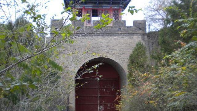 古灵台荆山森林公园
