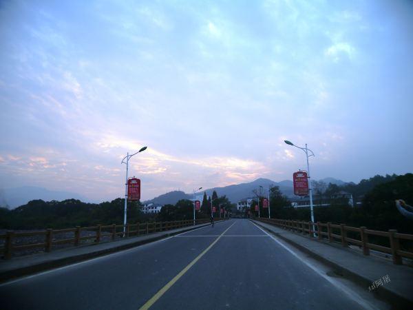 寺是唐代佛教禅宗马祖道一的圆寂地