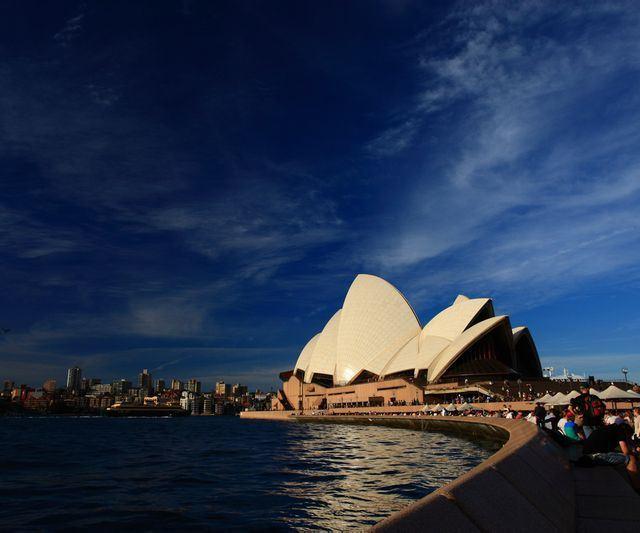 走到悉尼歌剧院!好多人在这儿照相啊!图片