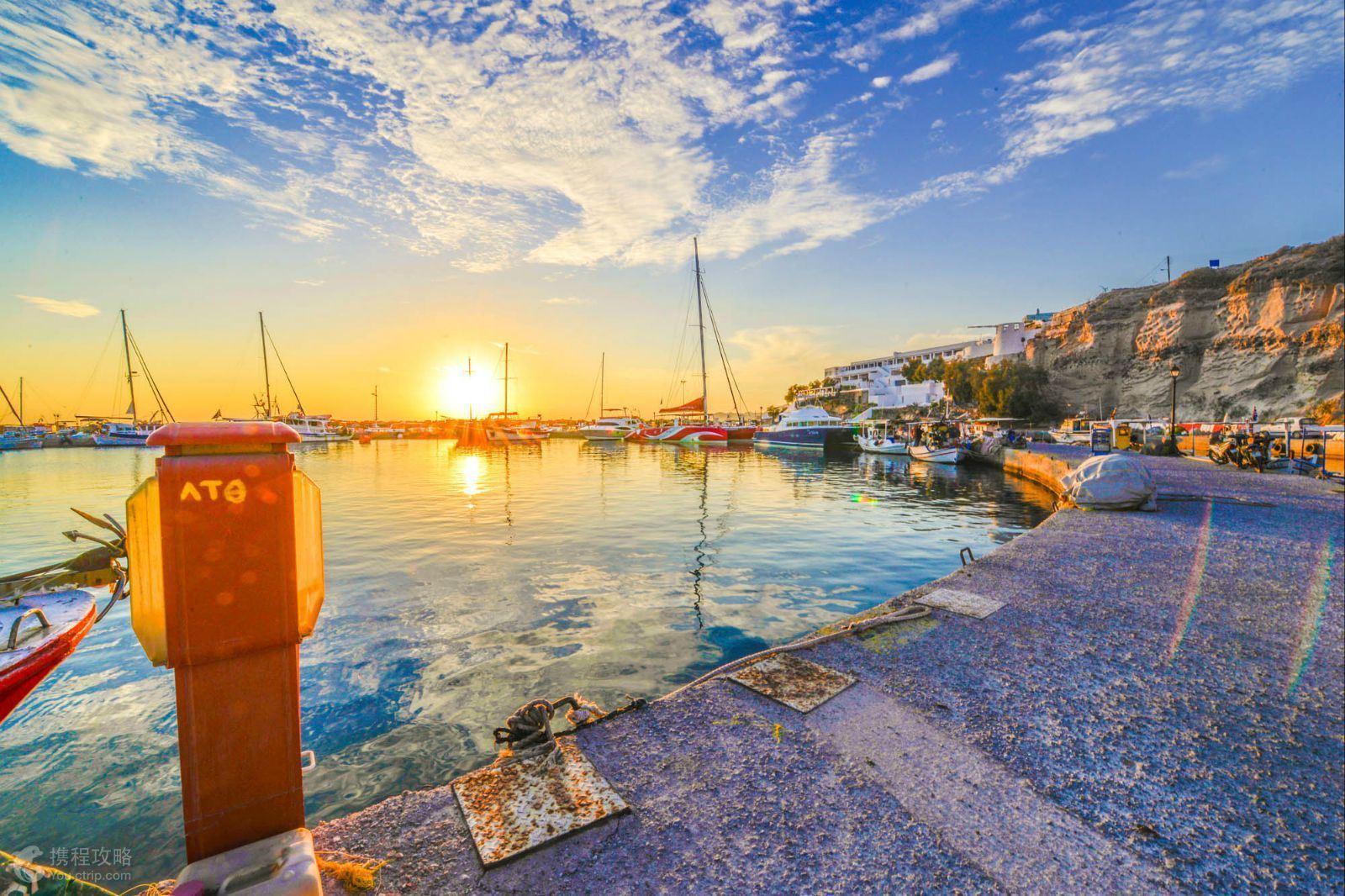 欣赏被称作是全世界最美丽的日落; 雅典是希腊历史上最辉煌的城邦