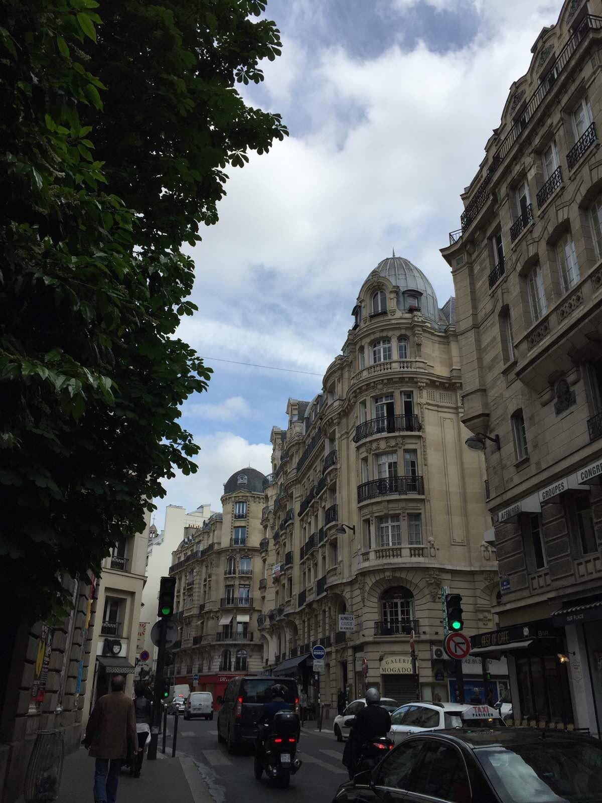 欧洲街头黑白头像