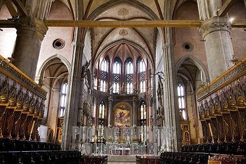 圣方济会荣耀圣母教堂  Basilica di Santa Maria Gloriosa dei Frari   -1