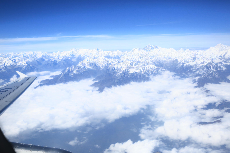 飞机上再看喜马拉雅山脉和珠峰