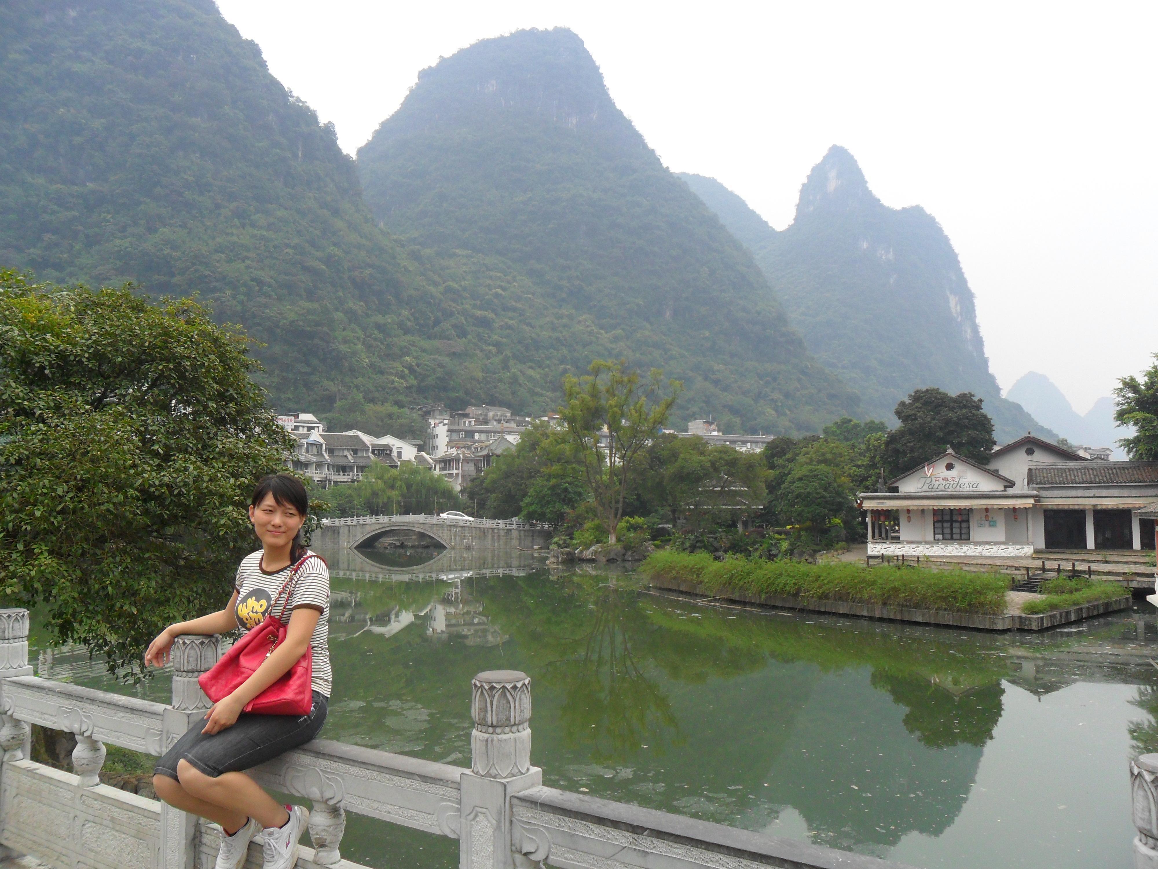 桂林市区,漓江冠岩到兴坪竹筏漂流&阳朔山水赏美休闲