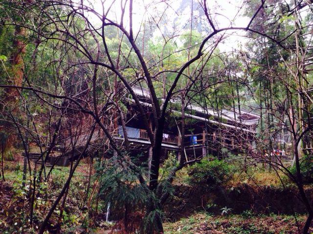山间的小木屋