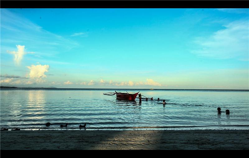 布拉玻海滩,隐秘在长滩岛背后,一座游人稀少的海滩,被重重