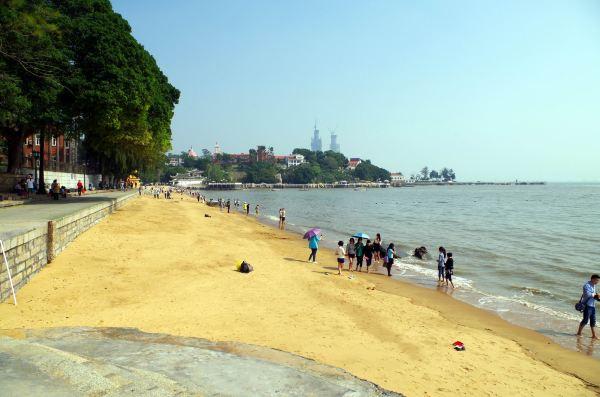 土笋是海边泥沙里的一种软体小动物