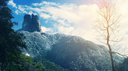 三分石降初雪