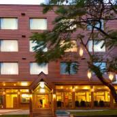 寧曼峰尊貴酒店