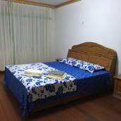 青島湛藍公寓