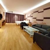 克拉瑪依和泰美居酒店(原新居快捷賓館)