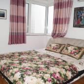 青島溫馨舒適小家普通公寓