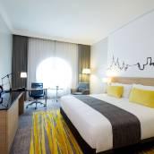 曼谷西隆假日酒店