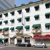 切爾沃酒店