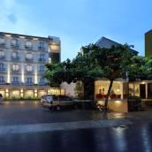 愛梅爾西亞馬里波洛酒店