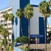 聖莫妮卡碼頭溫德姆酒店