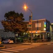 聖莫妮卡啤可旅遊賓館