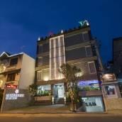 日惹普里薩龍酒店