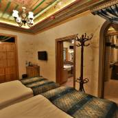 戈雷米雷瓦酒店