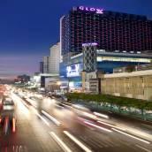 曼谷水門夜光酒店