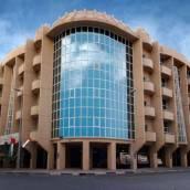 迪巴赫阿爾卡比斯廣場酒店