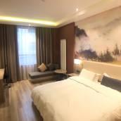 洛川輕享巢酒店