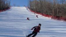 亚布力国际会展中心(雅旺斯)滑雪场